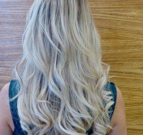 Haarverlängerung mit 75 Strähnen